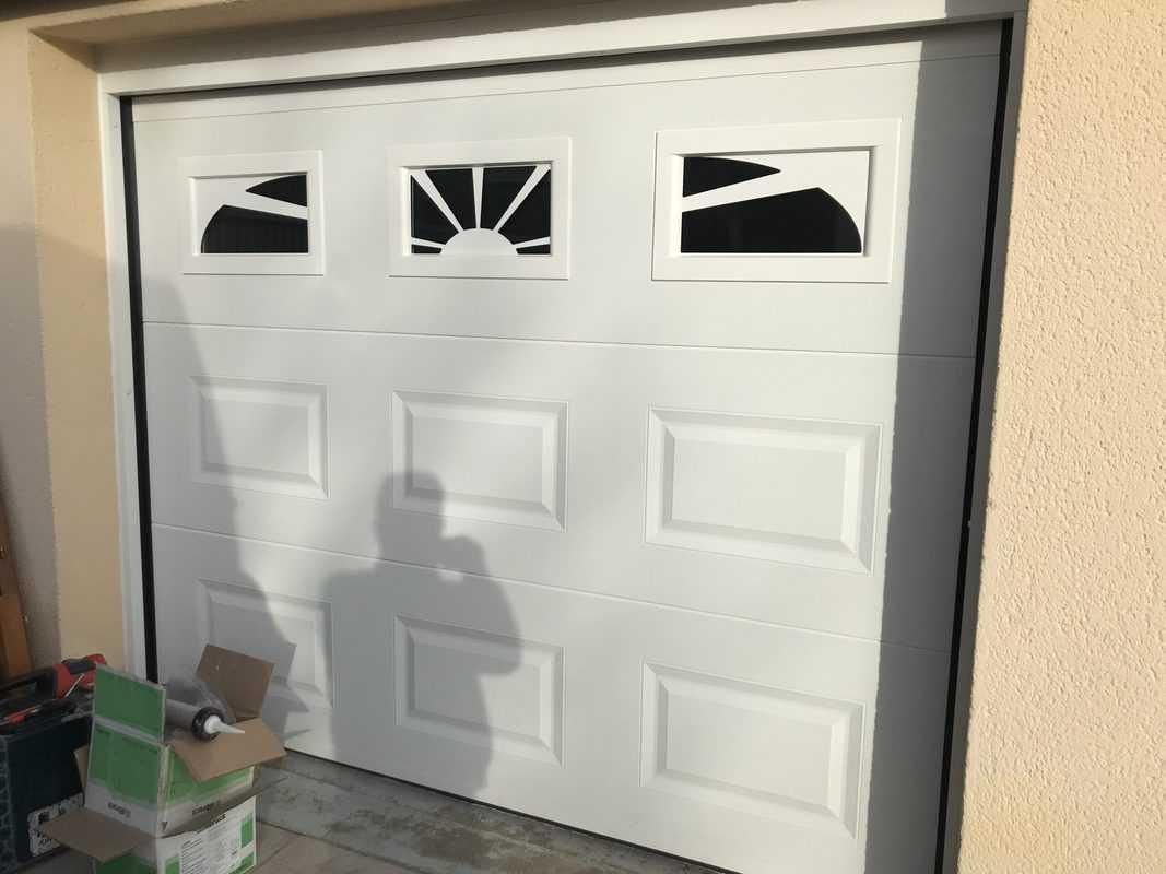 MPO Fenêtres porte de garage motorisée sur-mesure