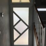 mpo fenetres laval porte entree triple vitrage depoli anti effraction avec abttant en imposte 2