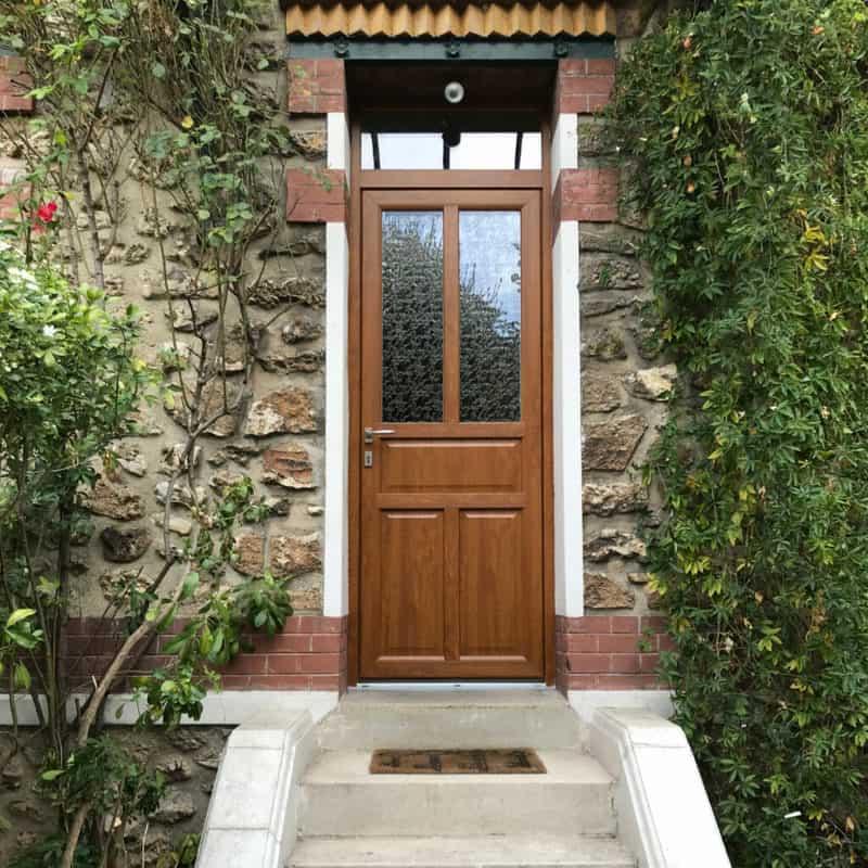mpo fenetres porte d'entrée à champigny sur marne chêne doré