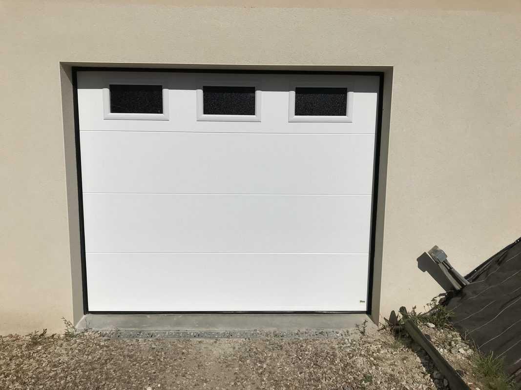 porte de garage sectionnelle ouverture plafond mpo fenetres