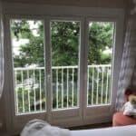 mpo fenêtres porte fenêtre trois vantaux double vitrage et volet roulant solaire alu blanc 02
