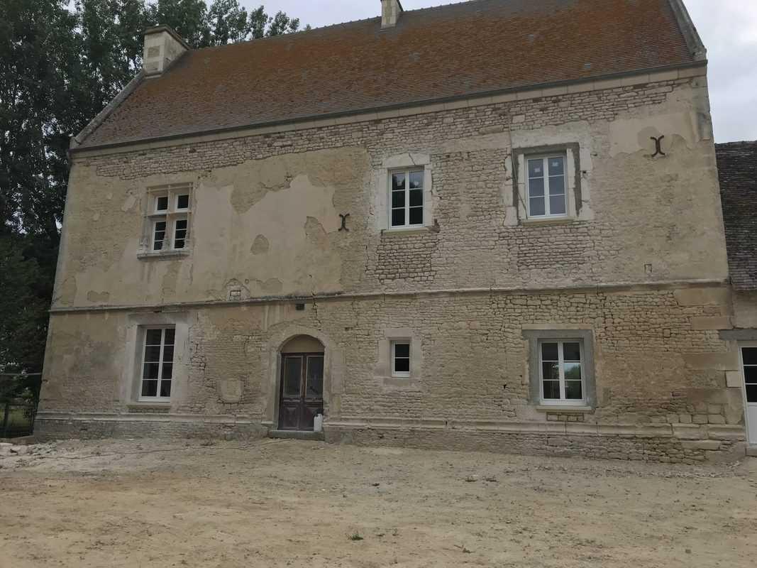 mpo fenêtres rénovation d'un château 3