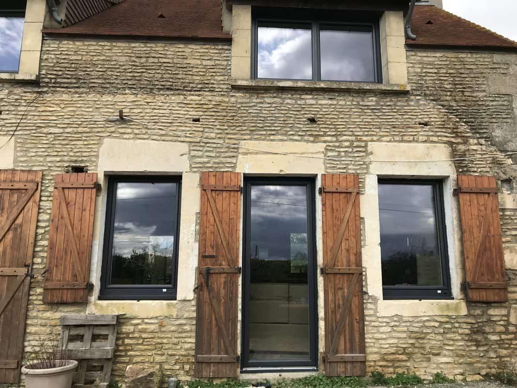 mpo fenêtre rénovation vieux corps de ferme 1
