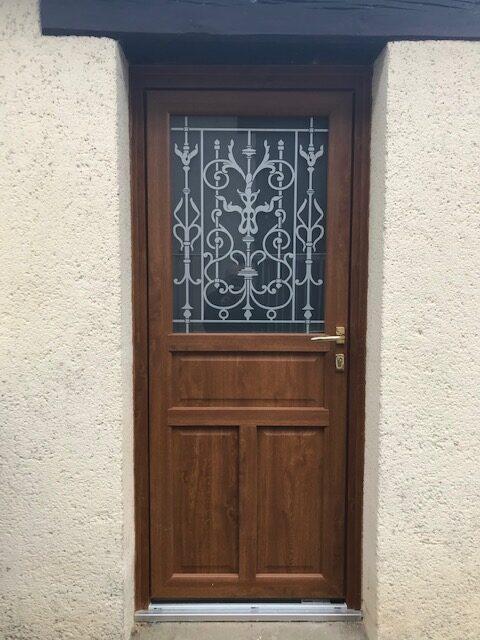 mpo fenêtres porte d'entrée chêne doré