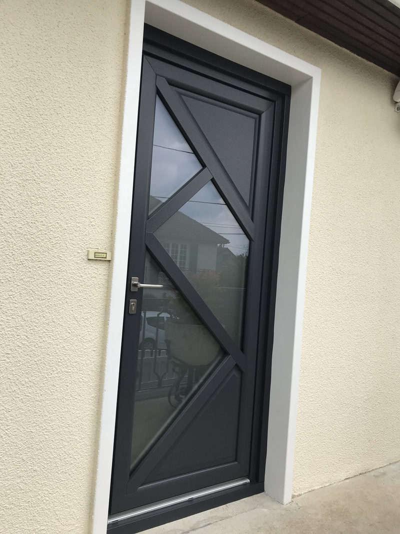mpo fenêtres porte d'entree en pvc blanc interieur 2