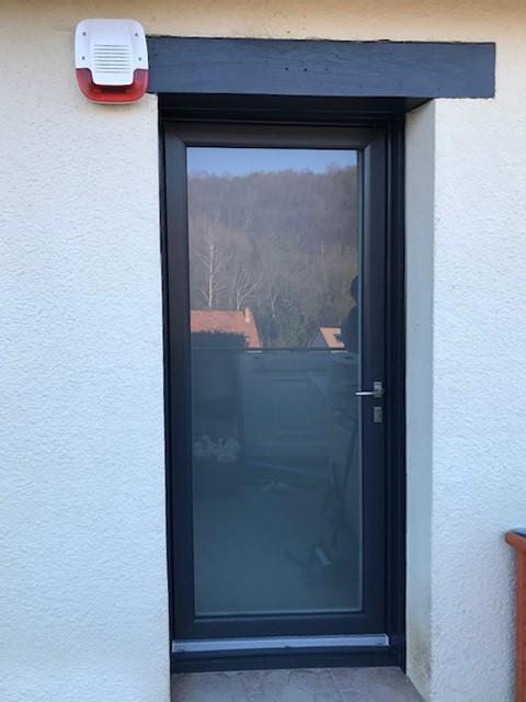 mpo fenêtres rouen porte d'entrée pvc sur mesure 1