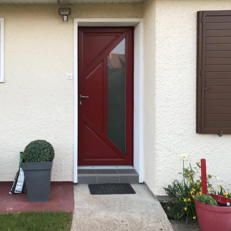 mpo fenêtres rouen porte d'entrée pvc rouge