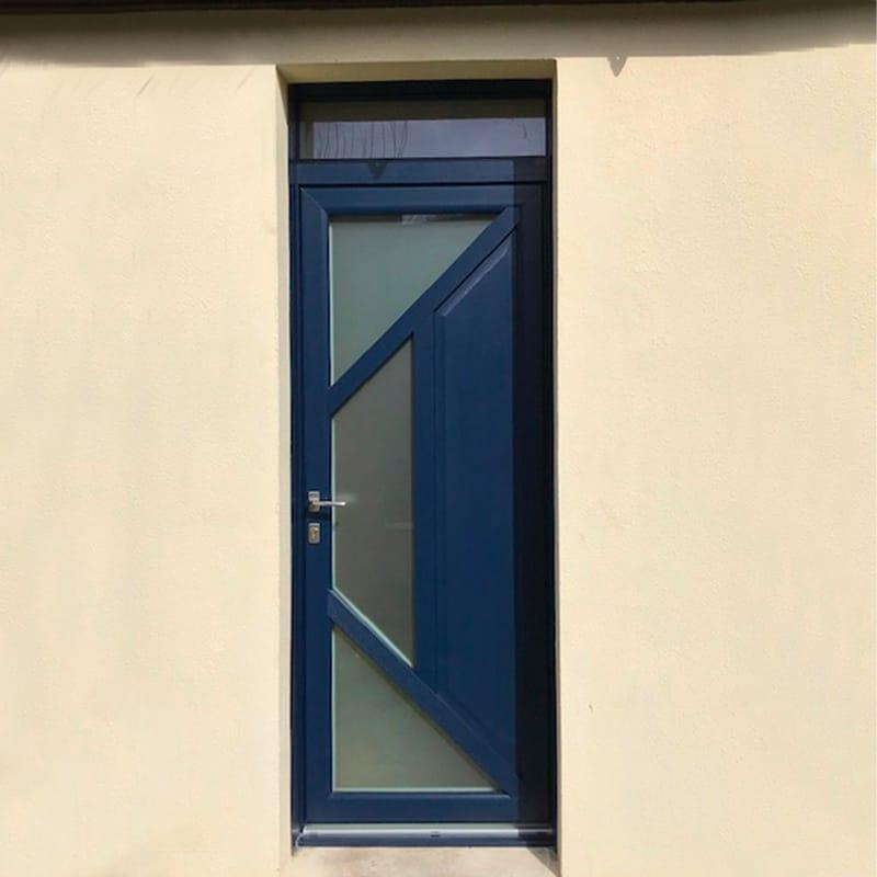 mpo fenêtres rouen porte d'entrée sur mesure bleue